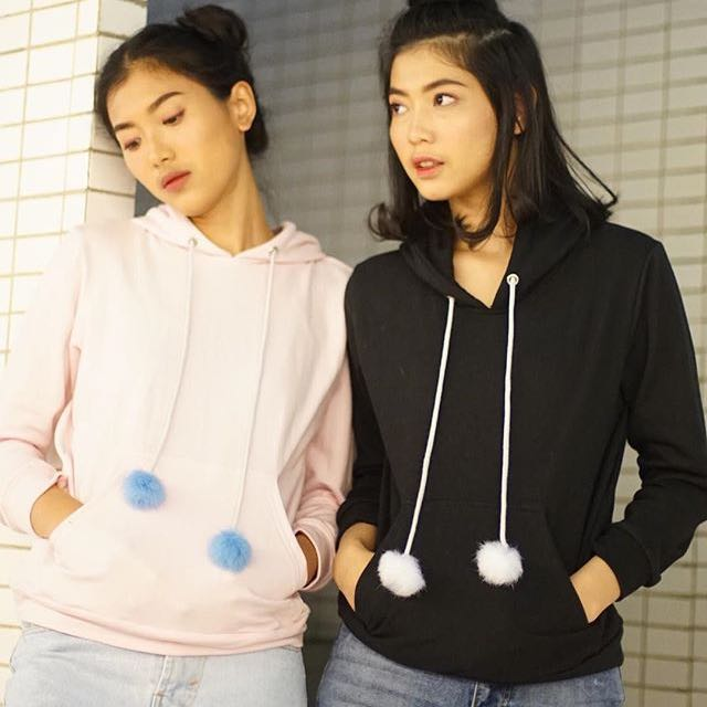 POMPOM HOODIE BY @loonystore