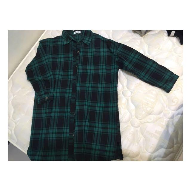 Queen Shop 綠色格子長版襯衫~ #運費我來出