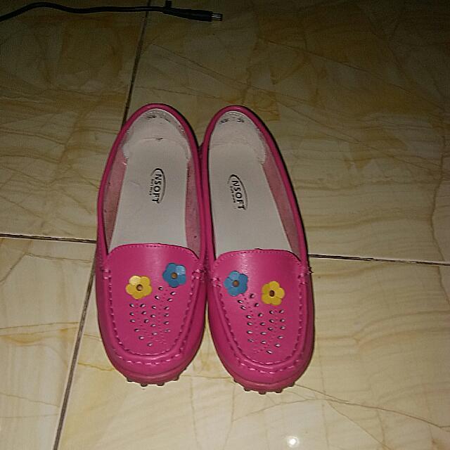 Sepatu Slip On Cantik Brand Nsoft