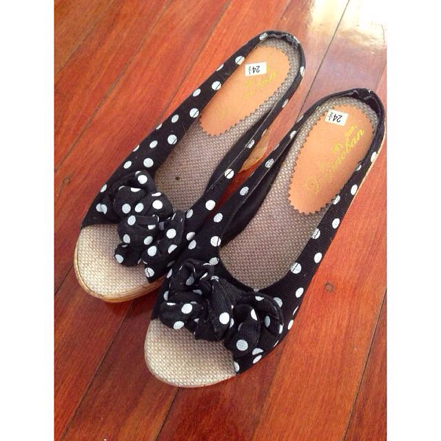 Size 6 Black And White Polka Dot Wedges