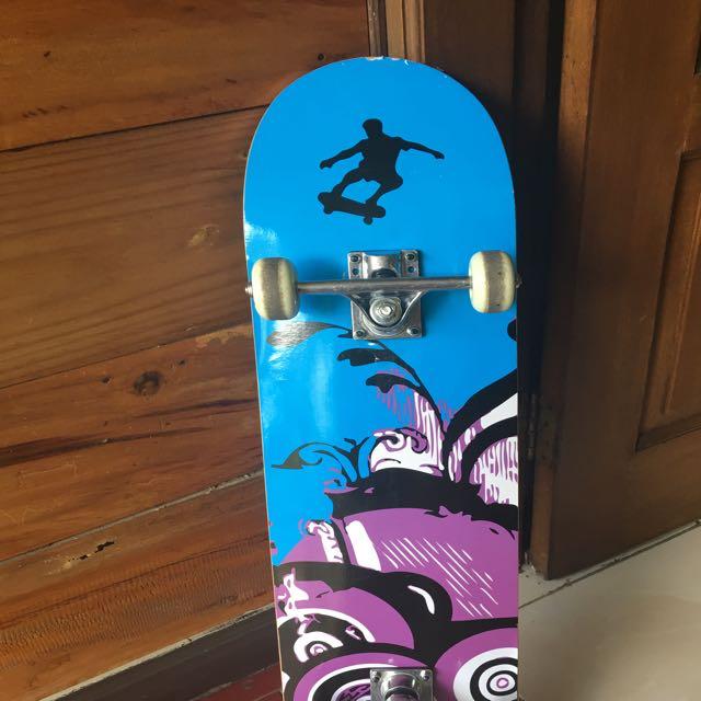 Skateboard canadian maple