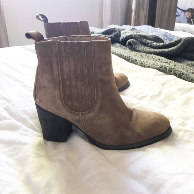 Sportsgirl Beige Ankle Boots