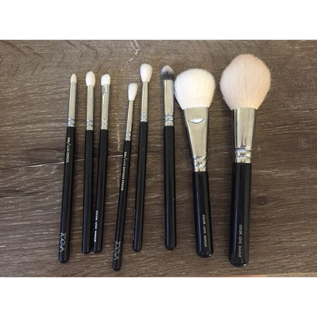 Zoeva Makeup Brushes *Authentic*