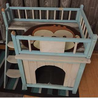 Kings Kastle for Cats or Dogs! Retails over $300!!!