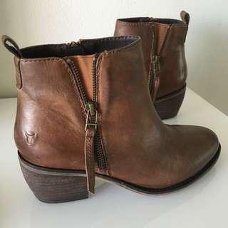 Brand New! Windsorsmith Boots - Cudio Taya Dark 38.5