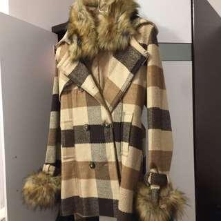 毛毛格仔外套
