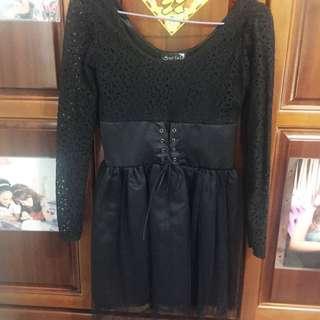 黑色蕾絲紗裙