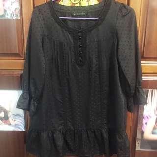 黑色點點寬版上衣