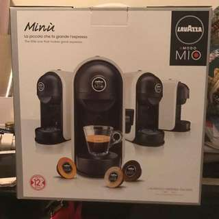 Lavazza A Modo Mio Minu Coffee Capsule Machine
