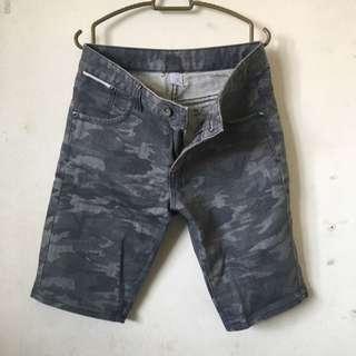 Padini Short Pants size 28