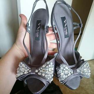 Silver Bow Heels Size 8