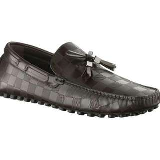 Louis Vuitton men's Imola loafer in Damier Embossed Leather Size 5.5