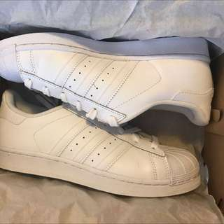 Brand New Unisex Adidas Superstar White Sneakers Size Men's 6/Women's 7