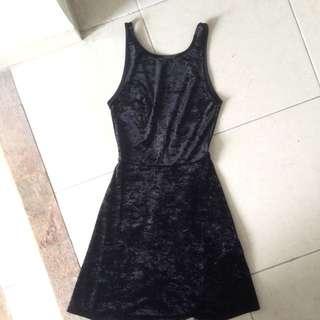 Velvet Black Little Dress (H&m)