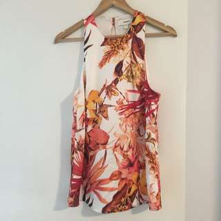 CAMEO SUMMER TOP SIZE M