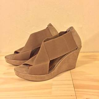 Tony Bianco Size 7 1/2 Suede And Elastic Wedges