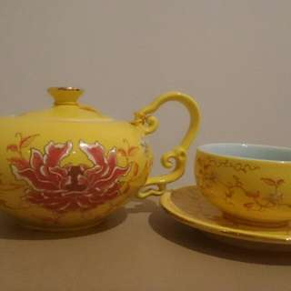 Handpainted Teapot, Cup and Saucer Set From T2