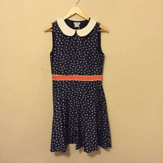 New Navy Bird Print Dress With Collar Size Medium