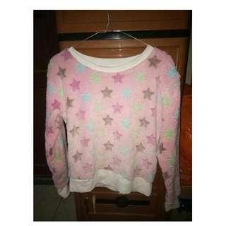 Sweater Bulu Bintang