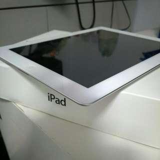 iPad 3rd Gen 32GB Wi-Fi + Cellular