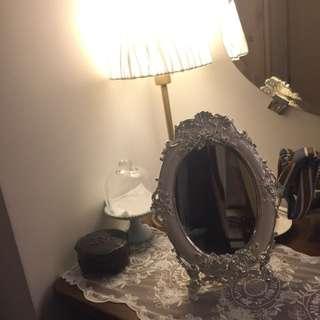 !現貨!珍珠光澤夢幻化妝立鏡