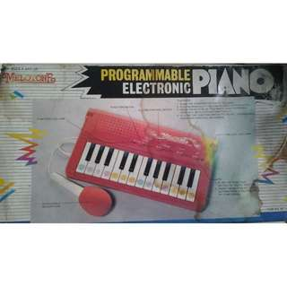 very old programmable electronic piano