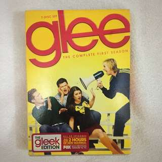 GLEE Complete 1st Season Gleek Edition