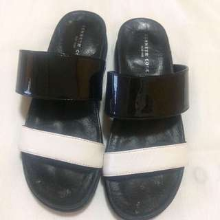 Kenneth Cole Slippers