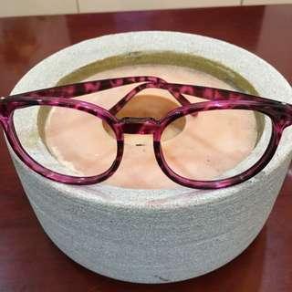 桃紅色豹紋眼鏡