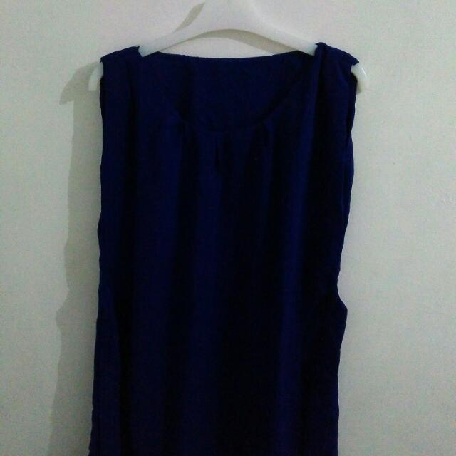 👗 Navy Dress