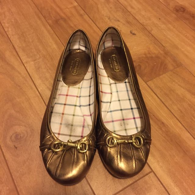 Authentic Coach Gold Flats With Buckle