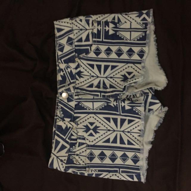 forever 21 aztec shorts