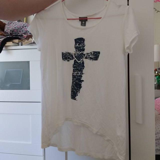 Cross Tshirt