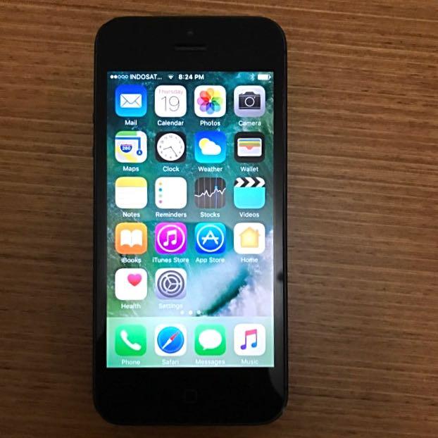 iPhone 5, Black, 64 GB