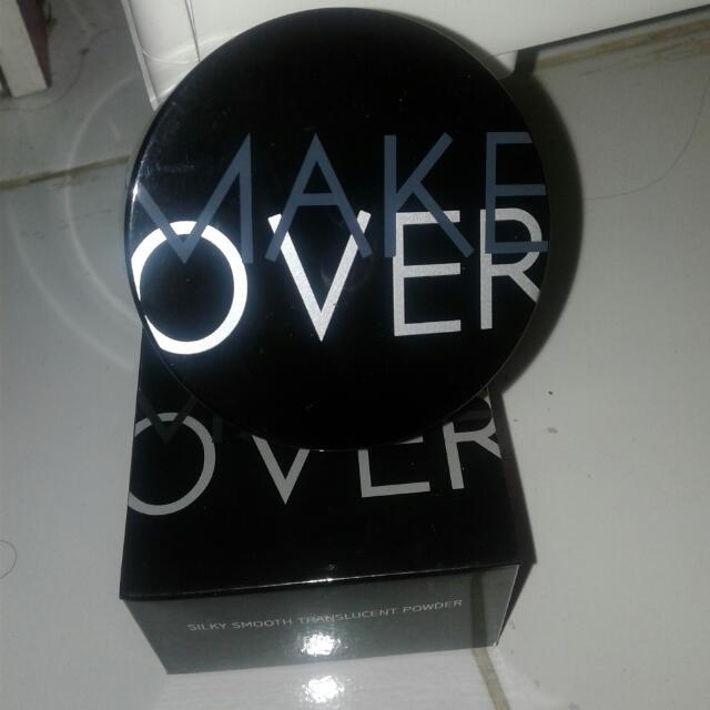 MakeOver Silky Smooth Powder Transculent 02 Rosy
