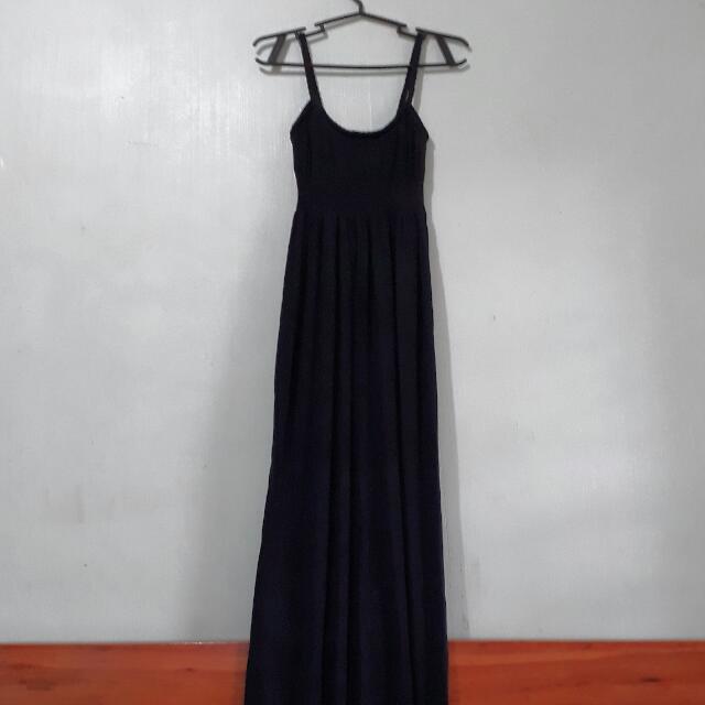 Max Black Maxi Dress