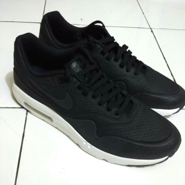 the latest b94bf 9e1db Nike Air Max 1 Ultra Moire Black Original, Men s Fashion, Men s Footwear on  Carousell