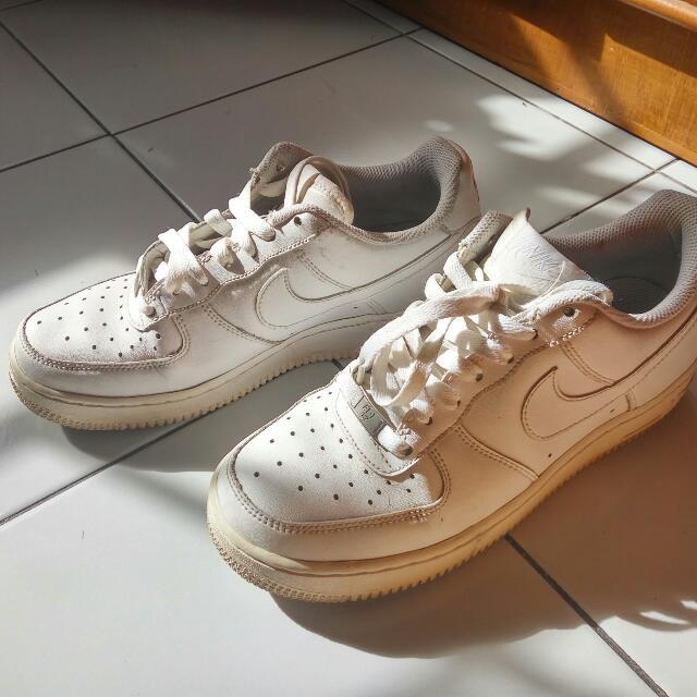 Reprice ::: Original Nike Air White Shoes