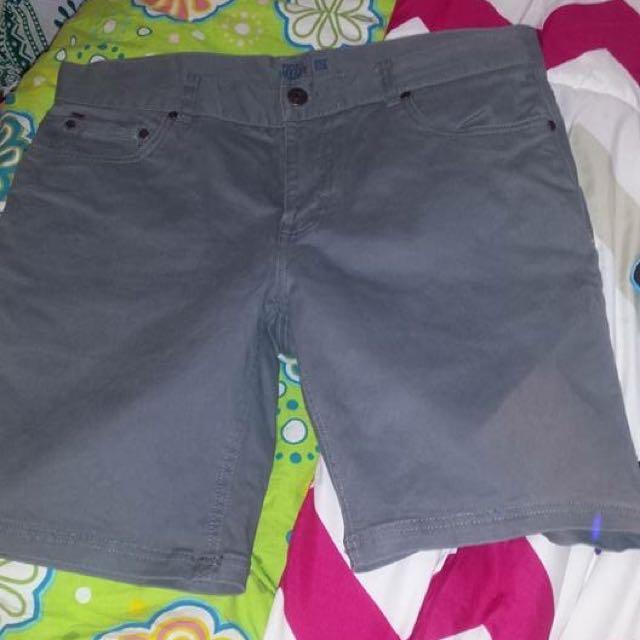 "Piping Got Dark Grey Shorts ""32"""
