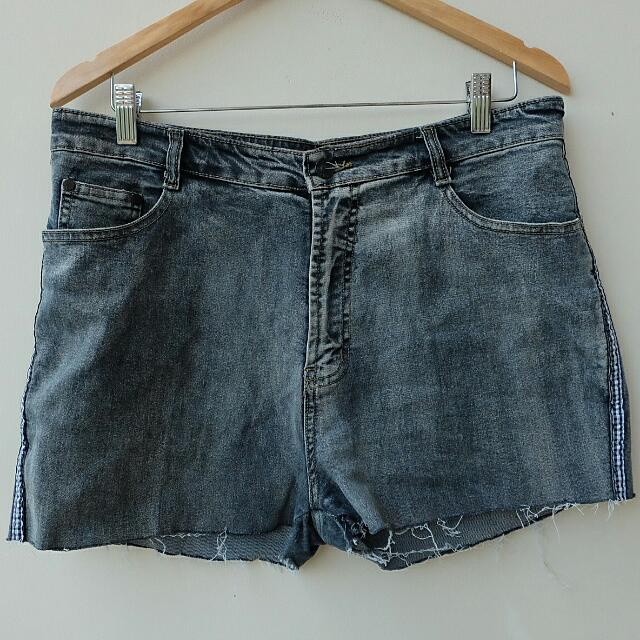 Short Anchor Jeans
