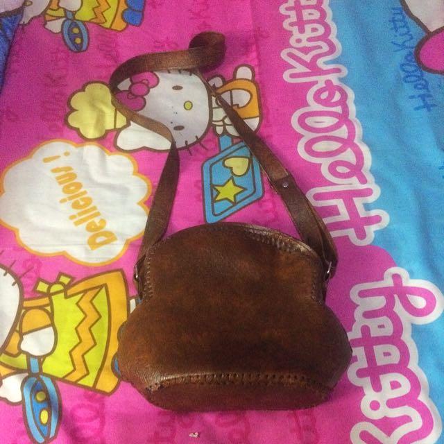 REPRICE !!! Sling Bag Coklat Kulit