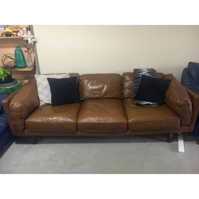 Tan Leather Freedom Lounge