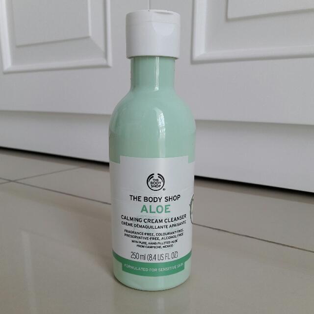 The Body Shop Aloe - Calming Cream Cleanser - Pembersih Wajah