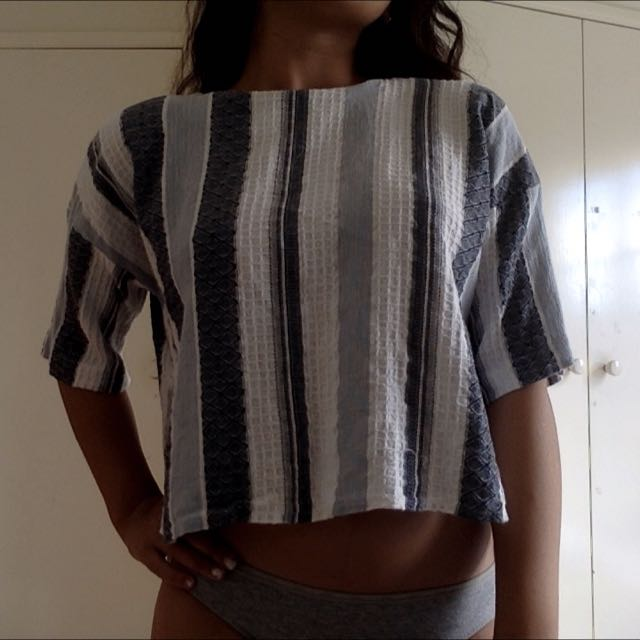 Topshop table Cloth Like Mid-drift Top