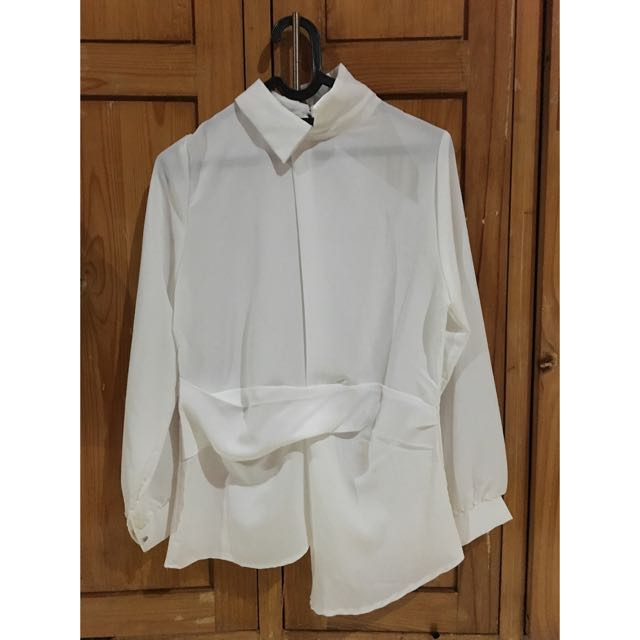 White Blouse Asimetris