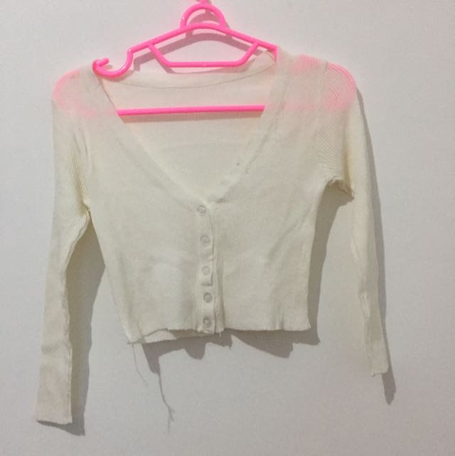 White Crop Outer
