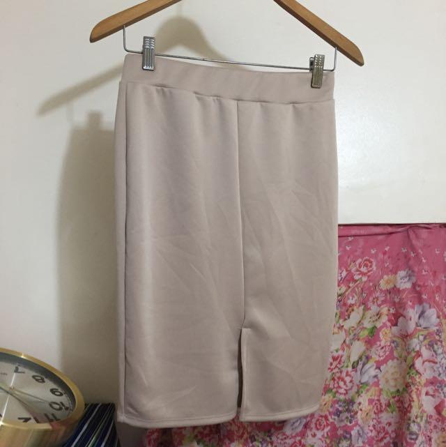 #021 Beige Mid Pencil skirt