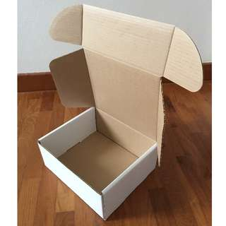 Mailing cartons/Cardboard boxes