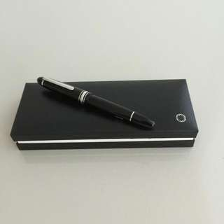 Brand New Montblanc Meisterstuck LeGrand 146 Platinum Line Trim Black Fountain Pen Medium Nib