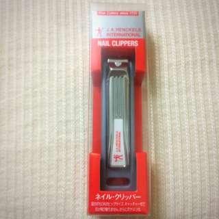 日本帶回全新指甲剪刀